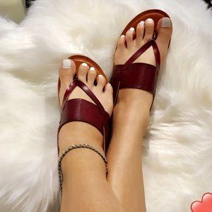 AEO Angle wrap thong sandals